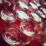 poháre s džemom