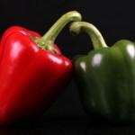 zelená a červená paprika